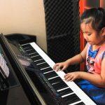Học đàn piano - lựa chọn hàng đầu của các bậc phụ huynh