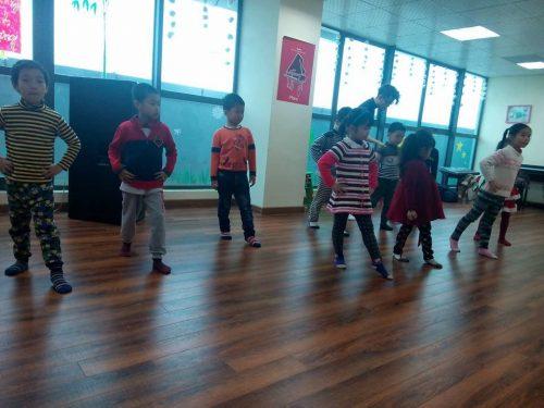 Lợi ích của học múa đối với bé mà cha mẹ cần phải biết