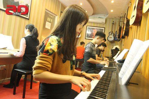 Lời khuyên hữu ích cho những người học piano cơ bản