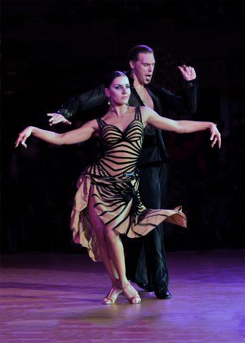 Phương pháp giảm cân bằng Dance Sport