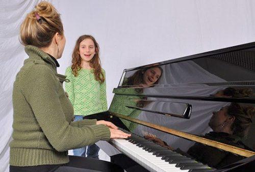 Nên học thanh nhạc chuyên sâu ở đâu?