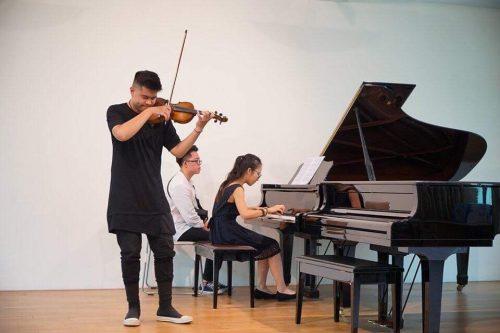 giảng viên violin Nguyễn Đức Hưng