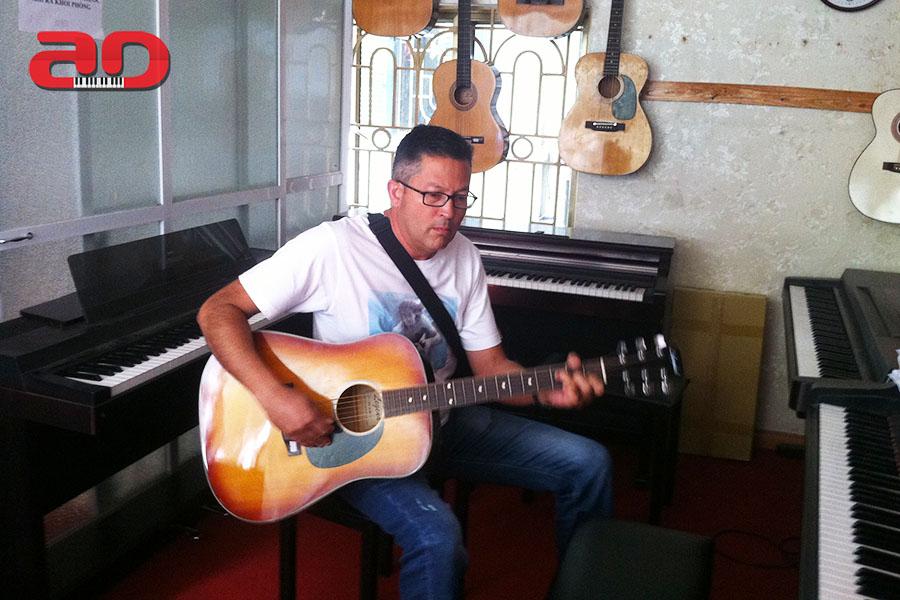 Day hoc dan Guitar (22)
