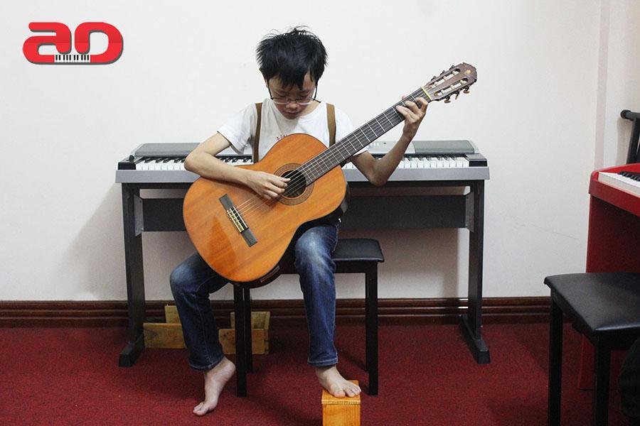 Day hoc dan Guitar co ban (2)