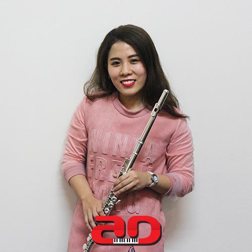 Duong Ngoc Quynh Nhi Flute
