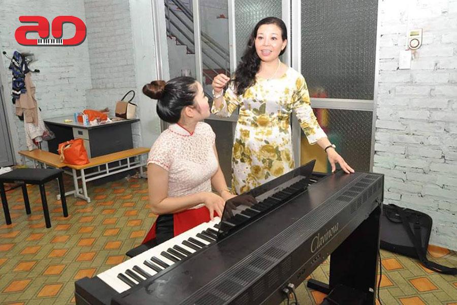 Nguyen Thi Mai Huong - Thanh nhac