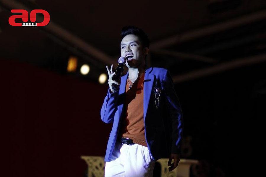 Tran Ngoc Lam - Vocal (1)