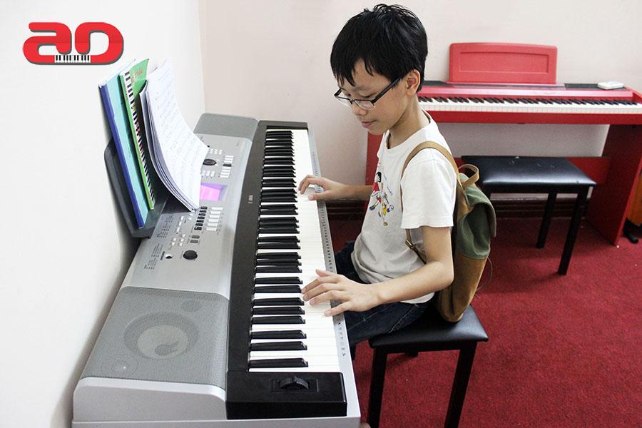 day dan piano (2)